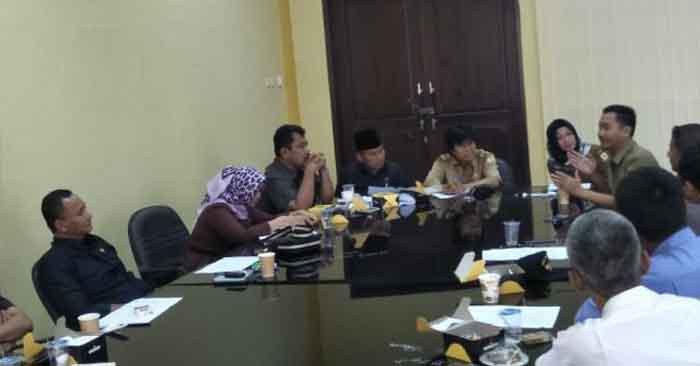 Ketua RW Di Taktakan Melapor ke DPRD Kota Serang Terkait Limbah Pabrik